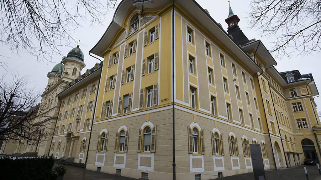 Neues Komitee will Situation der Mittelschulen verbessern