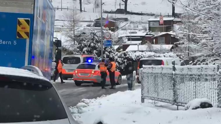 Grosse Verkehrsprobleme wegen dem Schnee