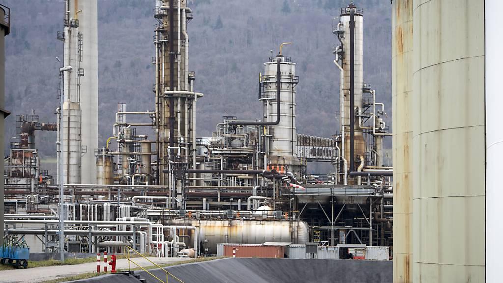 In der Raffinerie in Cressier NE ist am Freitag Gas aus einem Leck entwichen. (Archivbild)