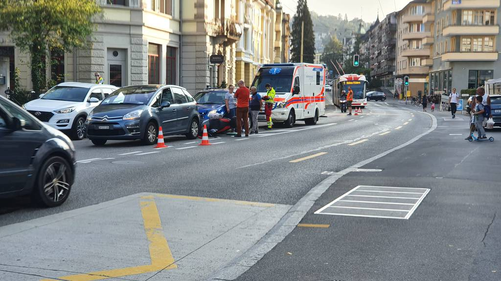 Drei Fahrzeuge in Luzern in Unfall verwickelt