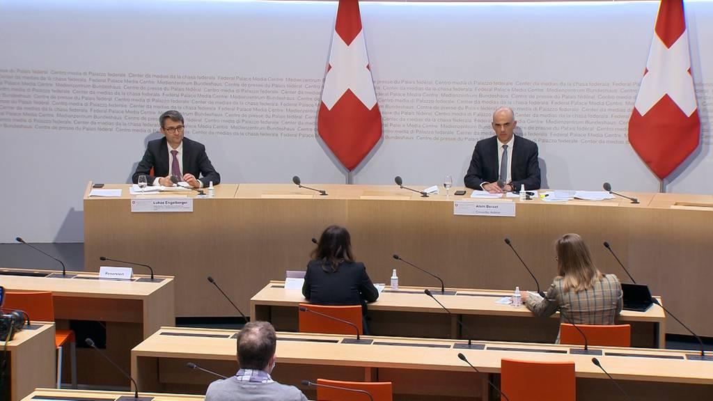 Sinkende Fallzahlen, baldige Impfung  und offene Skigebiete - Hoffnung für die Schweiz