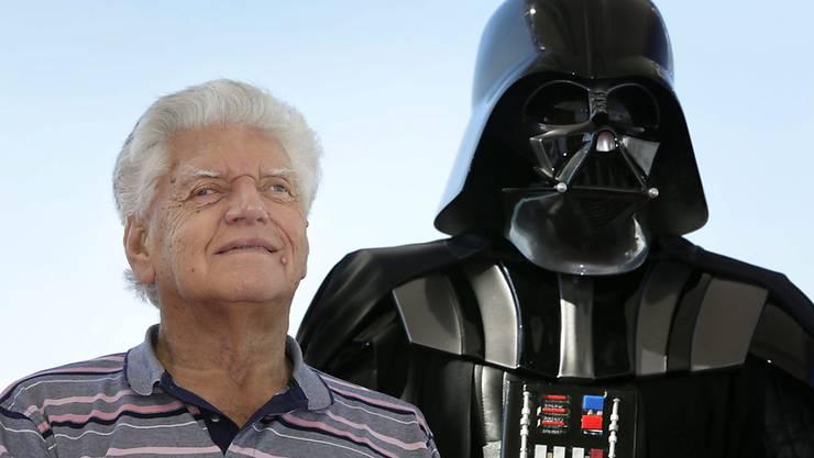 ARCHIV - Der britische Schauspieler David Prowse spielte Darth Vader in der ursprünglichen Star-Wars-Filmtrilogie. Foto: Susanna Saez/EFE/dpa
