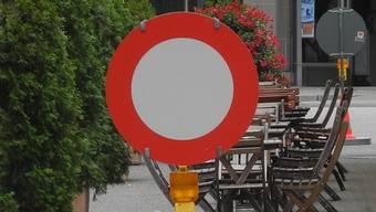 Ein Durchfahrtsverbot oder eine -beschränkung können nur schwer umgesetzt und kontrolliert werden, ist der Gemeinderat überzeugt. (Symbolbild)