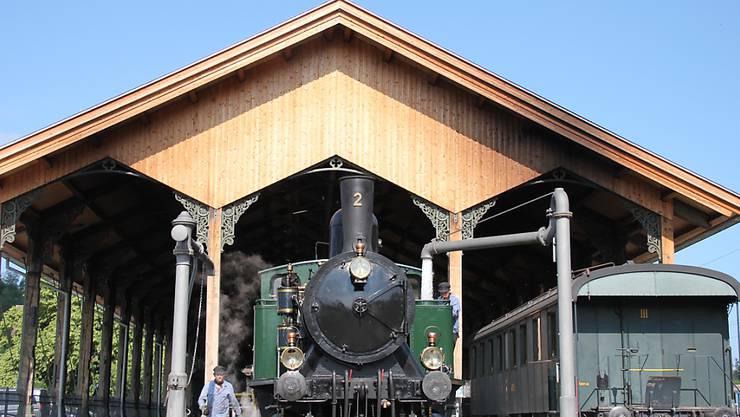 Am Sonntag nehmen die historischen Dampfzüge im Zürcher Oberland wieder den Betrieb auf.