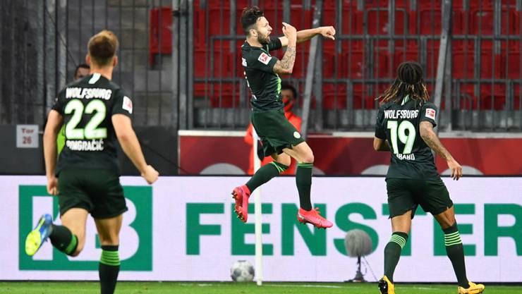 Renato Steffen glänzt dank seiner Sprungkraft für Wolfsburg als Kopfball-Torschütze