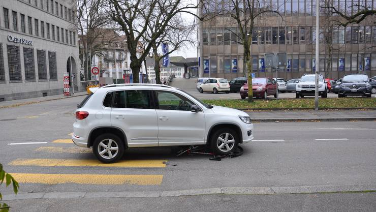 Am Steuer sass eine 76-jährige Automobilistin.