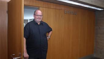 Vielleicht letztmals unter der Tür zum Parlamentssaal: Roland Rudolf von Rohr.