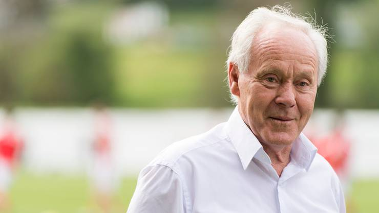 26. November: Der frühere Nati-Trainer Köbi Kuhn ist nach langwieriger schwerer Krankheit 76-jährig gestorben.
