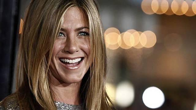 Aniston will offenbar einen gut situierten, normalen Mann