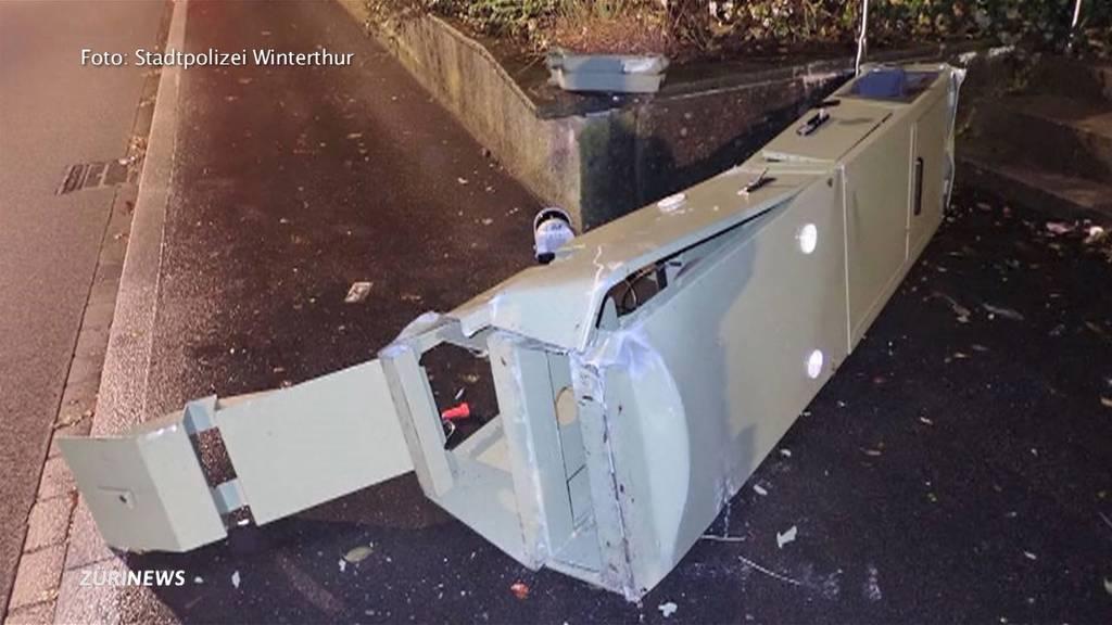 Aargauer fährt Blitzkasten vorsätzlich zu Schrott
