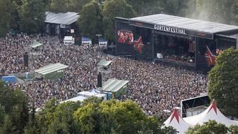 Das Gurten-Festival in Bern startete mit zwei Hitzetagen, am Samstag sorgten einige Regengüsse für etwas Abkühlung.