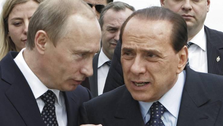 Alte Bekannte: Wladimir Putin und Silvio Berlusconi.