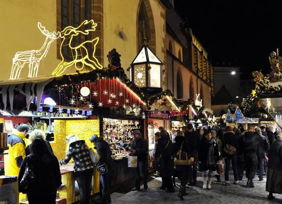 Weihnachtsmarkt Laufenburg.Der Weihnachtsmarkt In Basel Ist Dem Blick Nicht Schön Genug