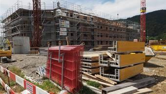 An der Bannstrasse ist ein Mehrfamilienhaus mit 30 neuen Wohnungen im Bau.