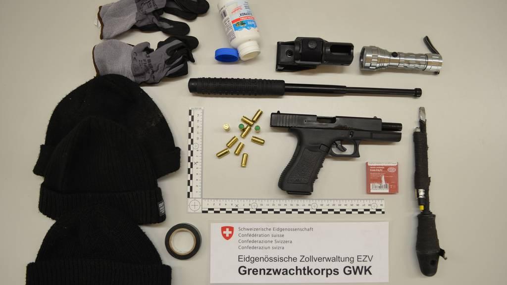 Anfang Dezember schnappten die Grenzwächter in Au zwei mutmassliche Kriminaltouristen.