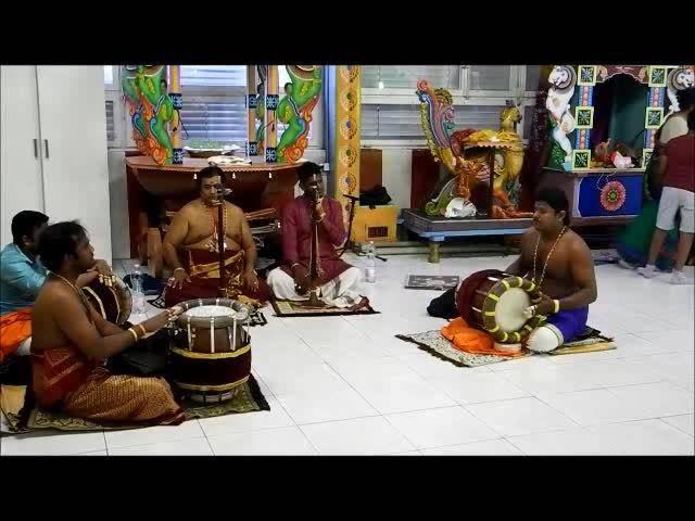 Hinduzeremonie im Grenchner Tempel