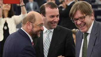 Martin Schulz (l.), Guy Verhofstadt (r.): Dem Belgier wird am ehesten zugetraut, Nachfolger des Deutschen als EU-Parlamentspräsident zu werden.