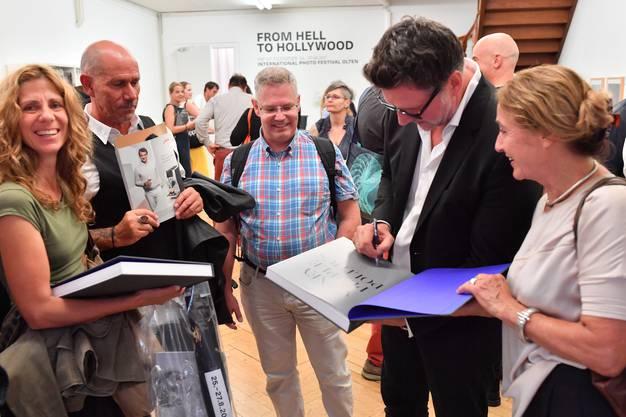 Eröffnung Photofestival Olten Pop-Up-Ausstellung mit Marco Grob