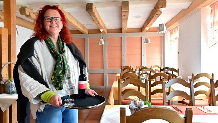 Eva Merz will lieber «Gastgeberin» als «Wirtin» sein. Denn es ist ihr Ziel, dass sich die Gäste im Restaurant Löwen wohlfühlen.