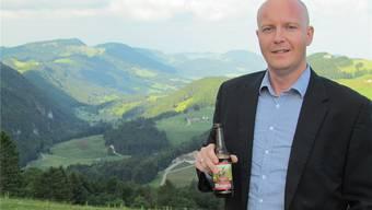 Marek Kammermann mit einer «Moosperle» hoch über Ramiswil.