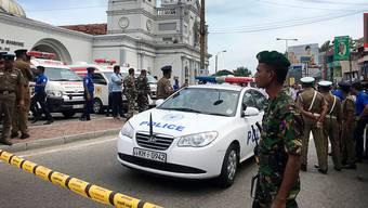 Die Armee riegelt eine Kirche in Sri Lankas Hauptstadt Colombo ab.