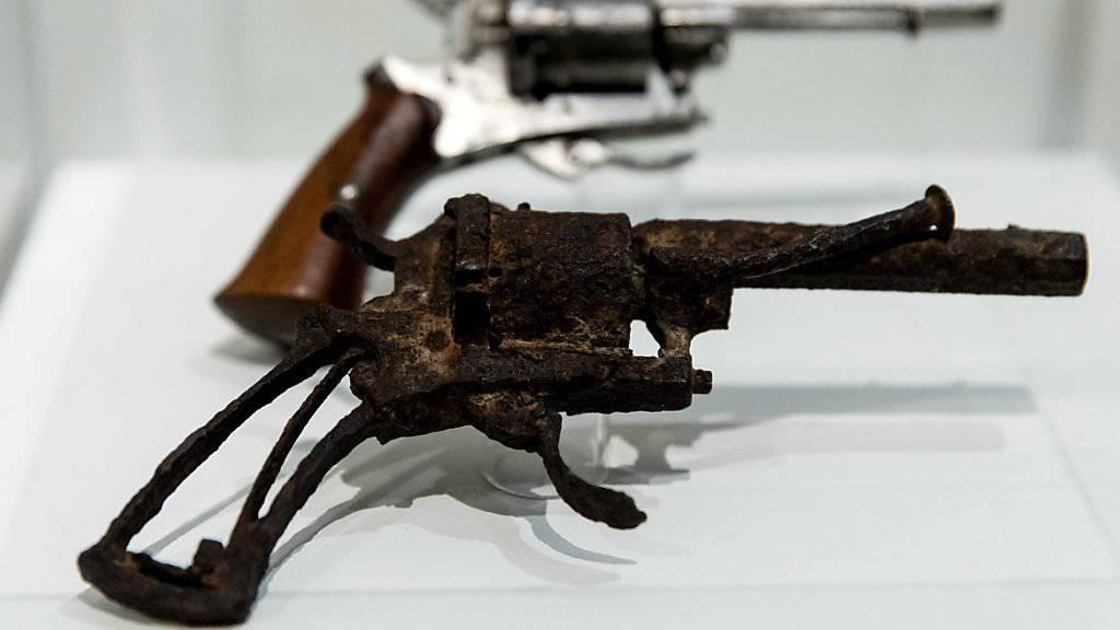 Die Waffe, mit der sich Vincent van Gogh 1890 den tödlichen Schuss beigebracht haben soll. Sie ist Teil der Ausstellung «Am Rande des Wahnsinns» im Van Gogh Museum in Amsterdam.