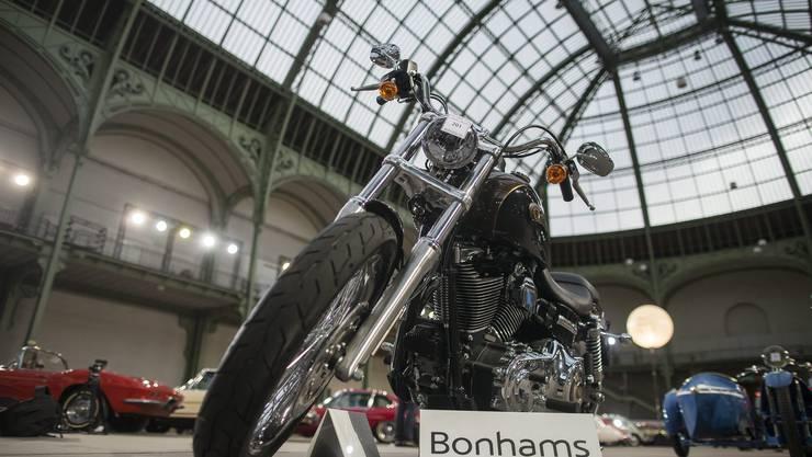 Versteigert Von Franziskus signierte Harley brachte 241 500 Euro ein
