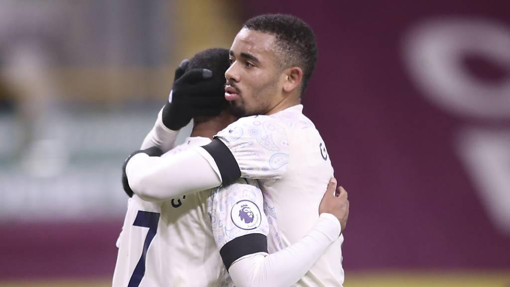 Manchester City baut Serie und Führung aus