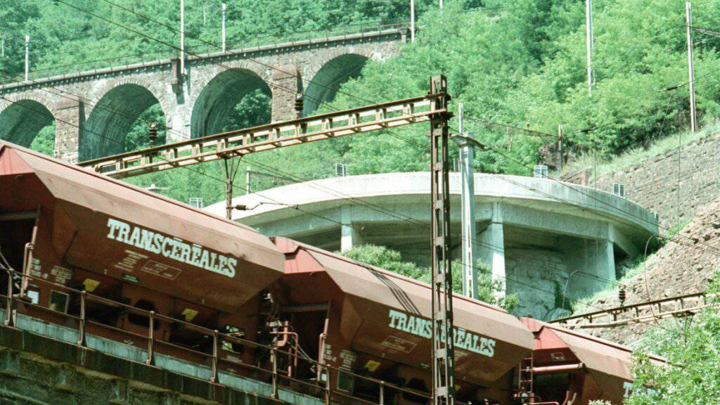 Gütertransporte durch Alpen gingen 2020 zurück