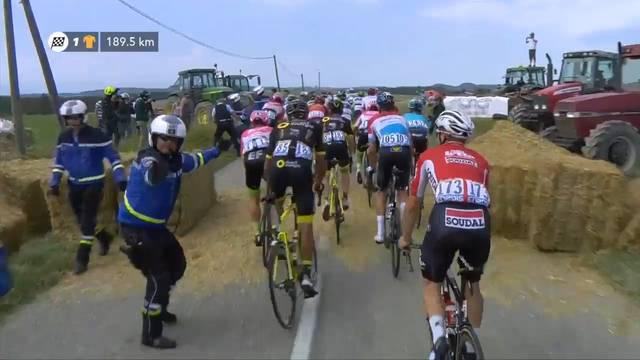 Tour de France von protestierenden Bauern unterbrochen