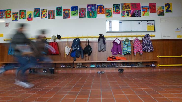 Laut einer neuen Studie stösst das neue Volksschulgesetz bei Lehrkräften auf wenig Gegenliebe.