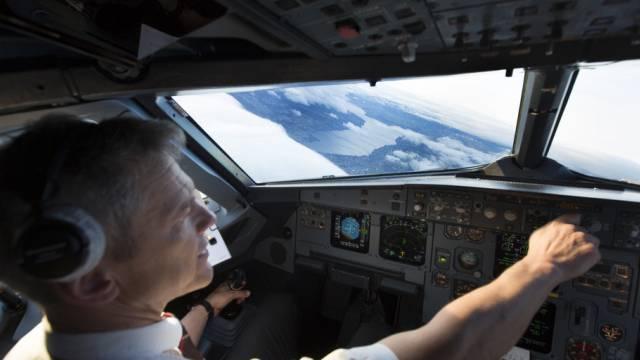 Swiss-Pilot in einem Airbus A319 (Archiv)