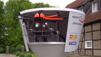 Schnelle Hilfe aus der Luft kann Leben retten. Daher fordert der ASB die Einbindung von Defikoptern in den Rettungsdienst. Wie das funktionieren kann, zeigt euch unser Video. Mehr dazu erfahrt ihr unter https://www.asb.de/de/news/2015-07/asb-fordert-einbindung-von-defikoptern-den-rettungsdienst