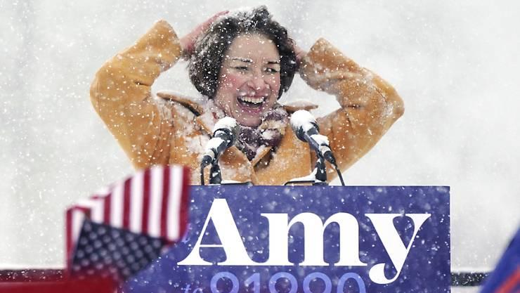 Ankündigung bei minus zehn Grad: Die demokratische US-Senatorin Amy Klobuchar will 2020 Präsidentin werden.