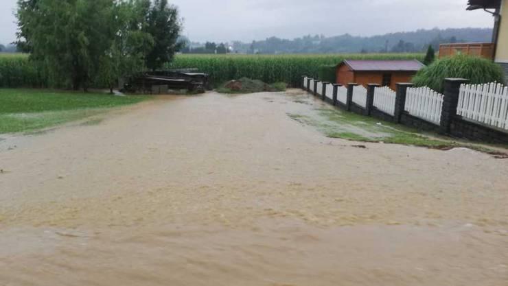 In Österreich führten starke Gewitter  in der Umgebung von Graz, in der Steiermark, zu Überflutungen.
