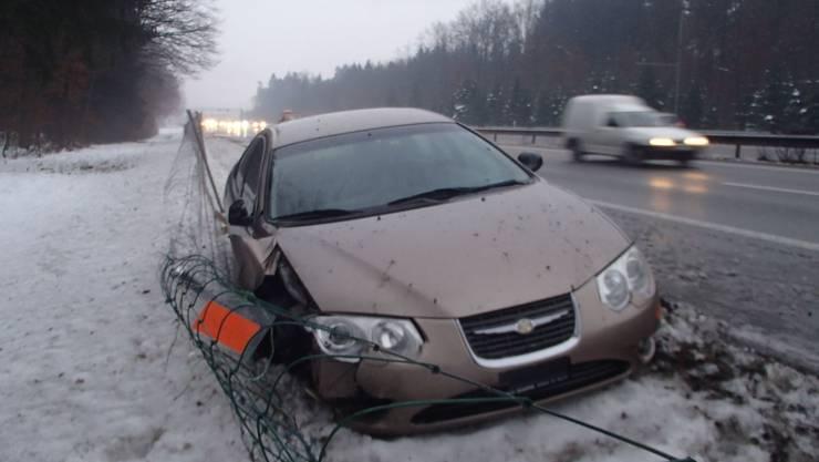 Ein 31-jähriger Chrysler-Fahrer schlief am Samstagvormittag bei Staufen am Steuer kurz ein.