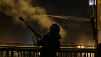 Polizei setzte Tränengas und Warnschüsse ein (Archiv)