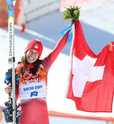 Mit dem Siegerstrauss: Dominique Gisin.