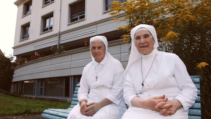 Die Consolata-Schwestern Bartola (rechts) und Fatima werden nach Turin zurückkehren. (Bild: Angelo Zambelli)