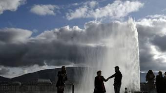 """Vom """"Dichtestress"""" geplagte Einwohner Genfs finden offenbar genügend Raum zur Erholung, wie eine Erhebung über die Lebensqualität in Schweizer Städten zeigt. (Symbolbild)"""