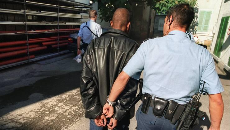 Bei einem 26-jährigen Guineaner fand die Polizei Kokain. (Symbolbild)