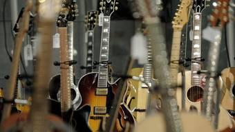 Der IV-Bezüger trat er aber rund 70-mal pro Jahr als Gitarrist und Sänger einer Blues-Band auf.