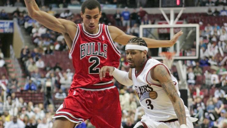 Kein Durchkommen: Bulls-Rookie Thabo Sefolosha (links) verteidigt im November 2006 gegen Allen Iverson von den Philadelphia 76ers