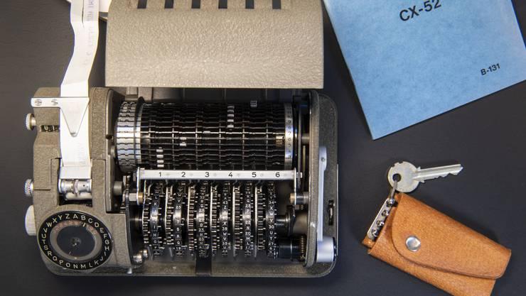 Mechanische Rotor-Chiffriermaschine CX-52, hergestellt ab 1952 durch die Crypto AG.