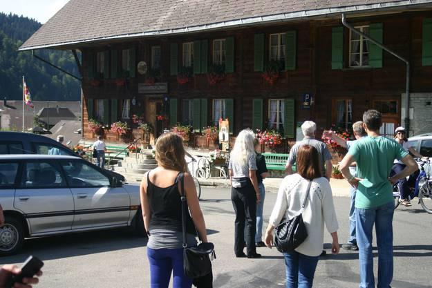 10_Auf den Einmarsch im Landgasthof Löwen folgte