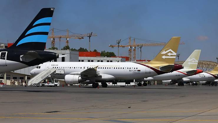 Flugzeuge der Libyan-Airlines am Flughafen von Tripolis. (Archivbild)