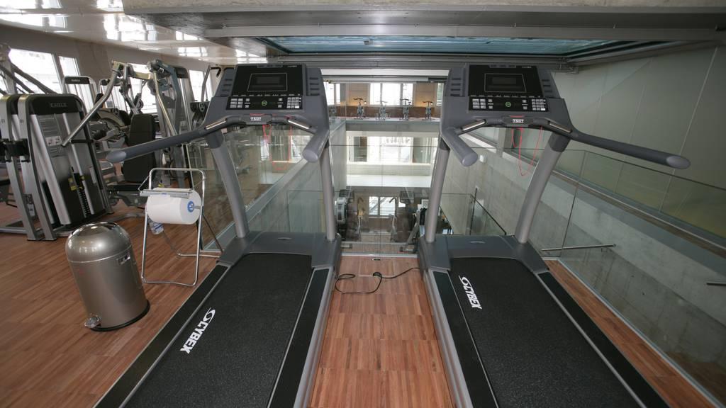 Seit 2009 betreibt die Migros im Hotel Einstein einen Fitnesspark.