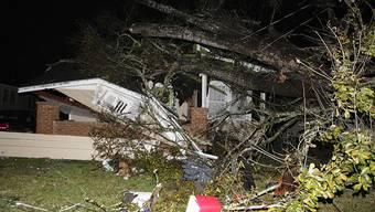 In Mobile im Bundesstaat Alabama richtete ein Tornado schwere Verwüstungen an