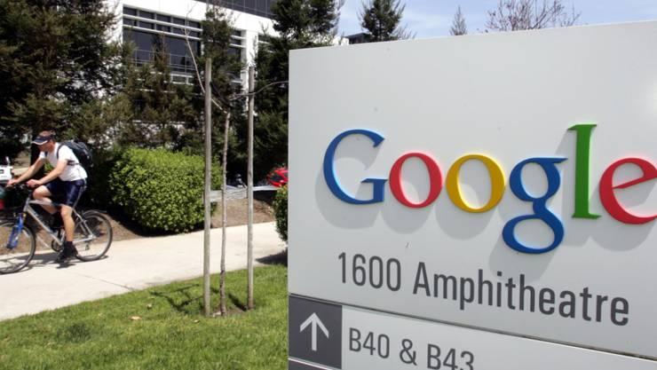 Der Internet-Konzern Google erhält eine Zahlung von 179 Millionen Dollar wegen der Verletzung von Geschäftsgeheimissen zugesprochen. (Archivbild)