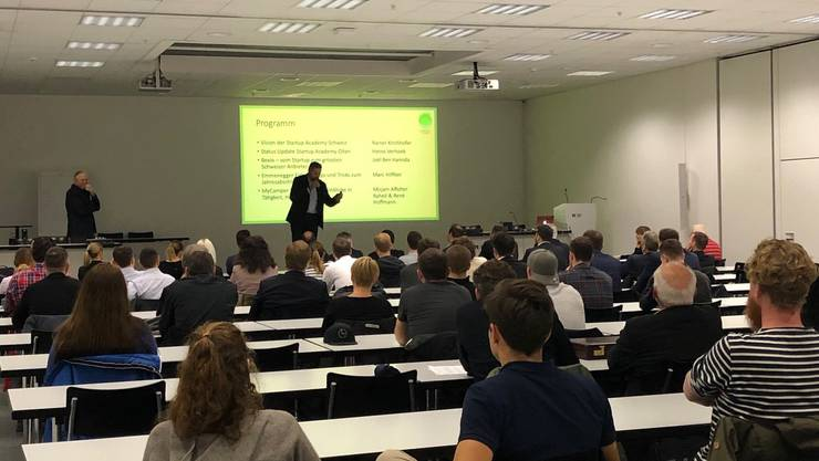Rund 100 Gäste folgten der Einladung der Startup Academy Olten zum zweiten Netzwerkanlass und fanden sich am Mittwoch, 13. November in der Fachhochschule Nordwestschweiz in Olten ein.